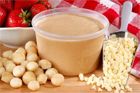 Fresh White Chocolate Macadamia Butter (1 Pound Tub)