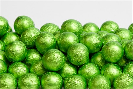 Kiwi Foiled Milk Chocolate Balls (25 Pound Case)