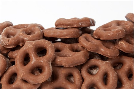 Milk Chocolate Pretzels (25 Pound Case)