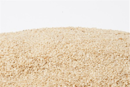 Organic Hulled Sesame Seeds (25 Pound Case)