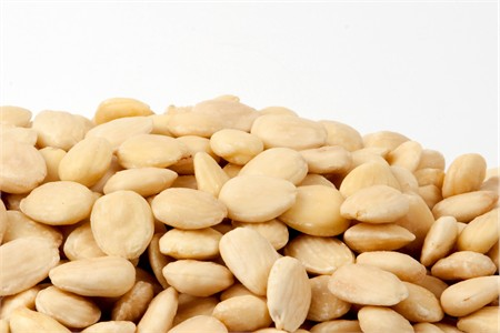 Raw Marcona Almonds (1 Pound Bag)