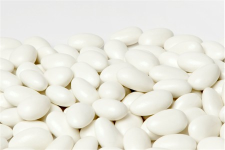 Sugar Free White Jordan Almonds (25 Pound Bag)