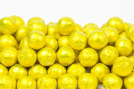 Yellow Foiled Milk Chocolate Balls (25 Pound Case)